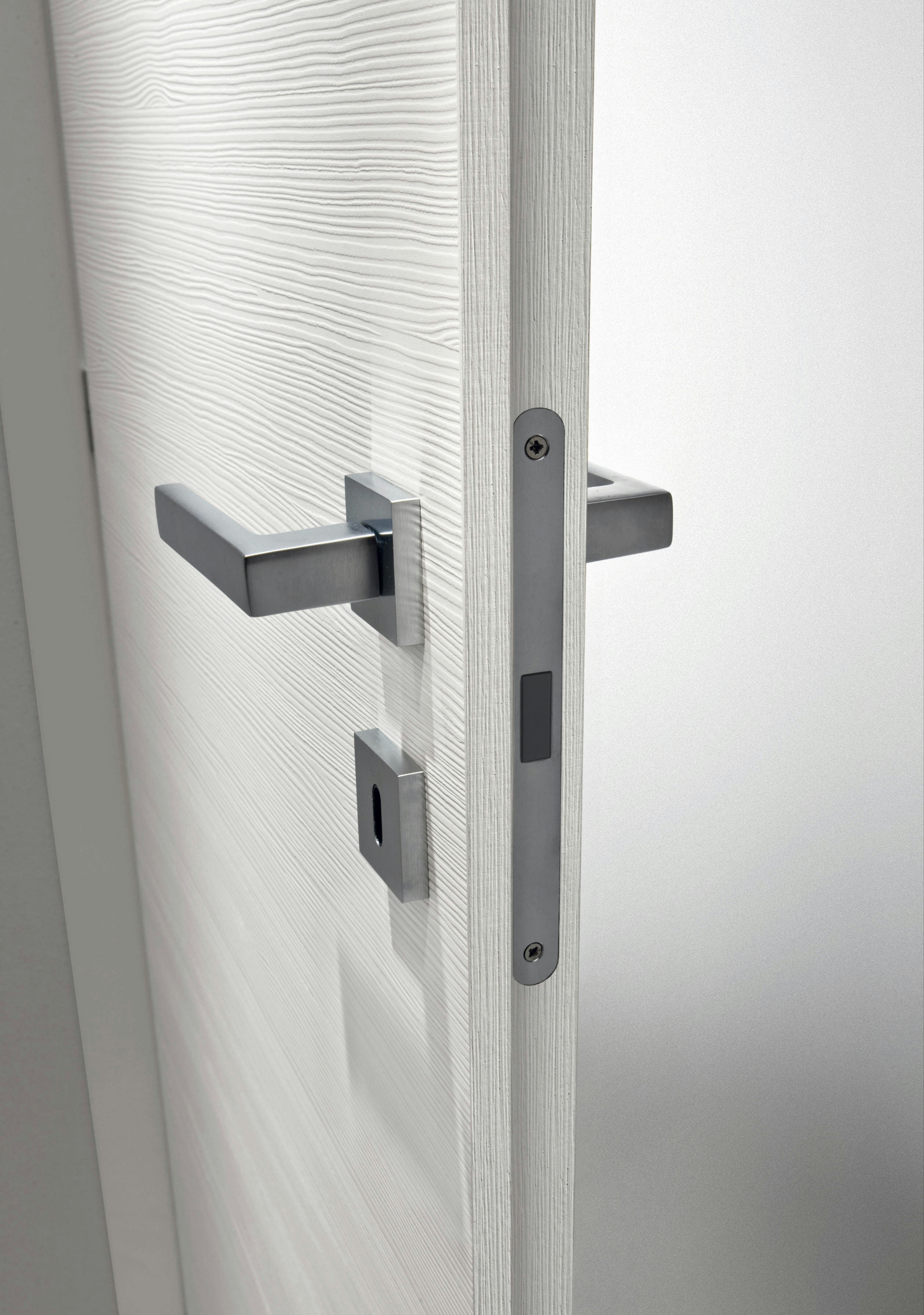 Armadietti bassi zinco plastificati for Alba doors