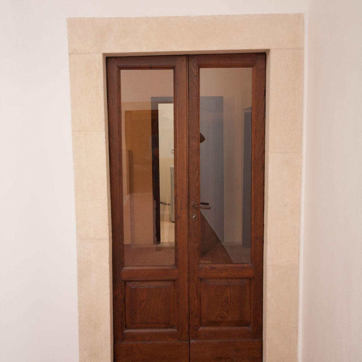 town hall l 39 aquila alba doors